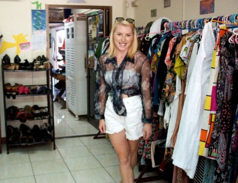 Here's Louise, blogger at From Pauper To Princess during a thrifting session in Chaing Mai